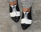 Black and white oxford shoes / B&W handmade flat leather shoes / Polly Jean by Tamar Shalem