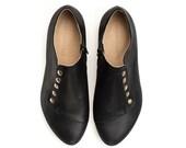 Black casual flat shoes, Grace