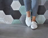 White leather oxfords, Polly jean