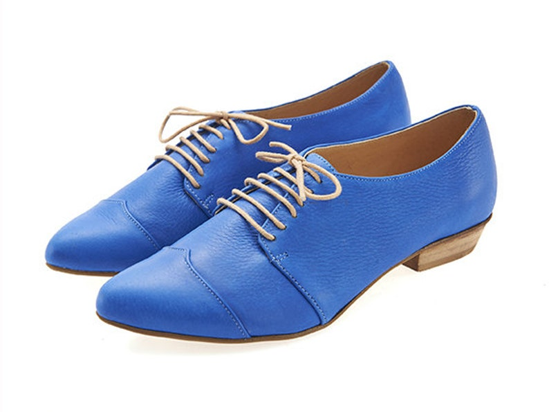8aa14eda6950b Flat royal blue oxford shoes, Polly jean.