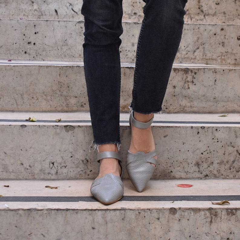 72a6d4efd8345 Pointed toe silver sandals, Vivian.