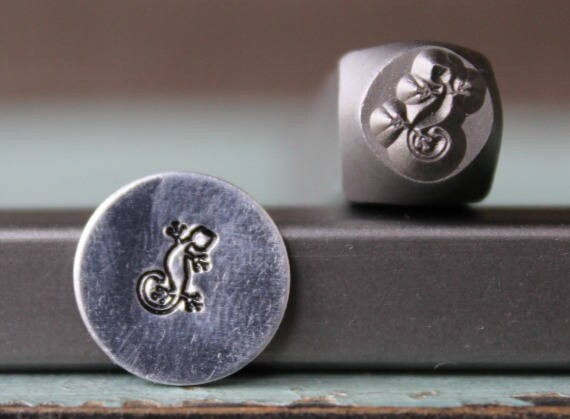 SUPPLY GUY 6mm Yoga Symbol Metal Punch Design Stamp SGCH-91