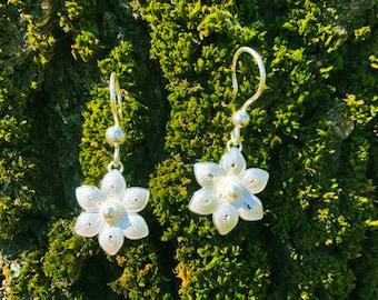 Silver Lily Weaving Filet Crochet Earrings, Sterling 95