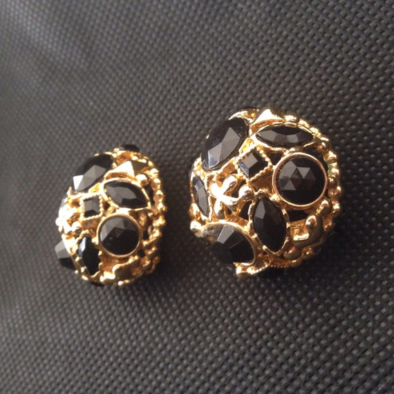 Vintage Entricate  Black And Gold Earrings