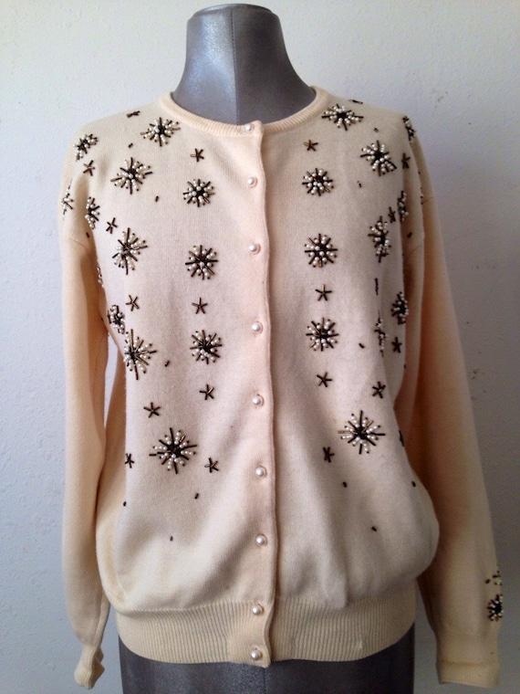 Vintage 1950's pearl and seed bead cardigan Sweatet.