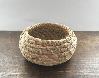 Vintage woven basket Small handmade basket Round basket Modern home decor Boho Tribal basket