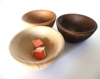 Wood jewelry bowl, jewelry dish, birch cherry walnut, set of three, jewelry dish, ring cup, tri-color bowl set