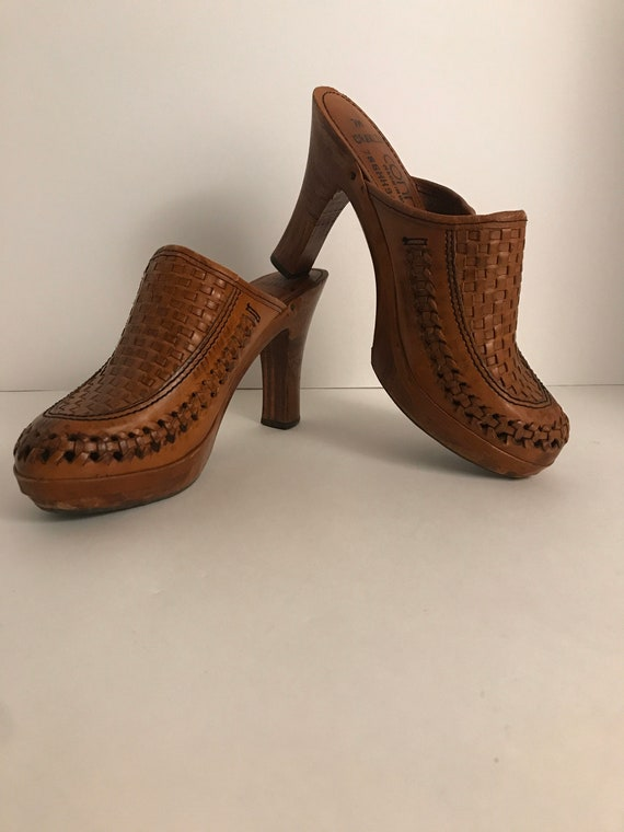 Vintage 1970's Connie Leather and Wood Clogs Size