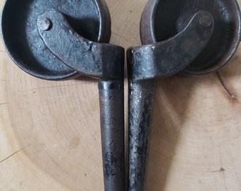 2 antique caster wheels