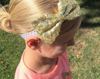 Gold Bow Headband..Newborn Headband..Baby Girl Headband..Baby Headband..Toddler Headband..Infant Headband..Bow Headband..Gold Bow
