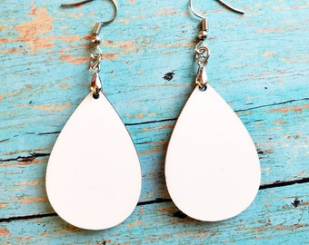 40 Pieces Unfinished Wood Long Teardrop Earring Blanks Laser Cut Pendant Jewelry Shapes Mix Sizes