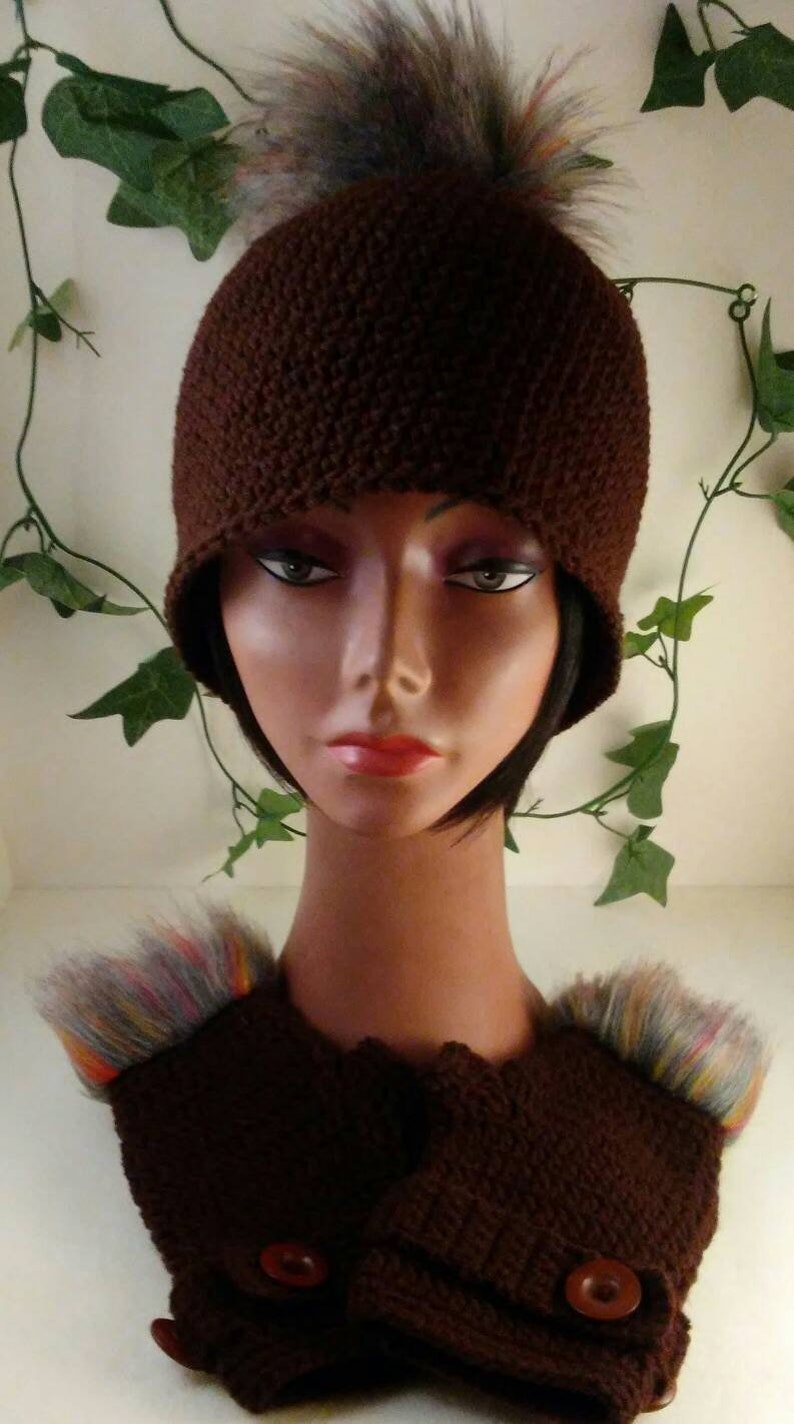 Hat and Fingerless Gloves Brown Winter Hat with Faux Fur pom-pom