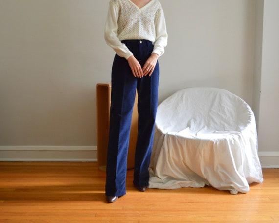 70s wrangler straight leg navy corduroy pants / 30