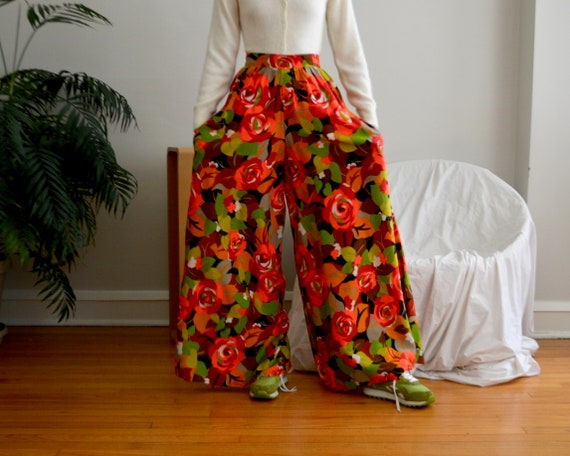 70s floral palazzo pleat pants - image 4