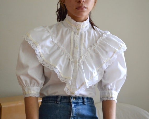 white ruffled puff sleeve romantic jessica gunnies