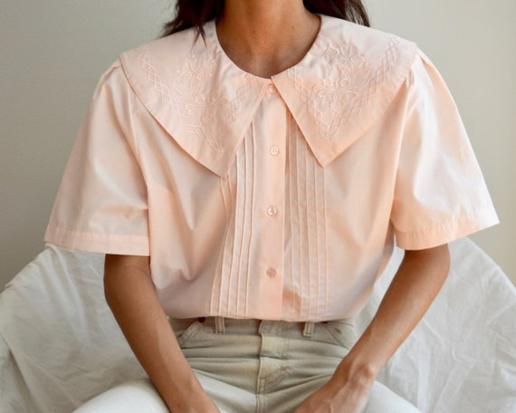 pale pink pintuck large collar short sleeve blouse