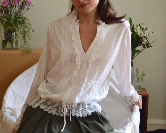 white lace drawstring waist blouse / romantic whit