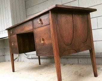 Midcentury 1960u0027s Brasilia Desk
