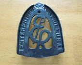 Vintage Trivit, Sad Iron, Letter E, Enterprise, Philadelphia, USA