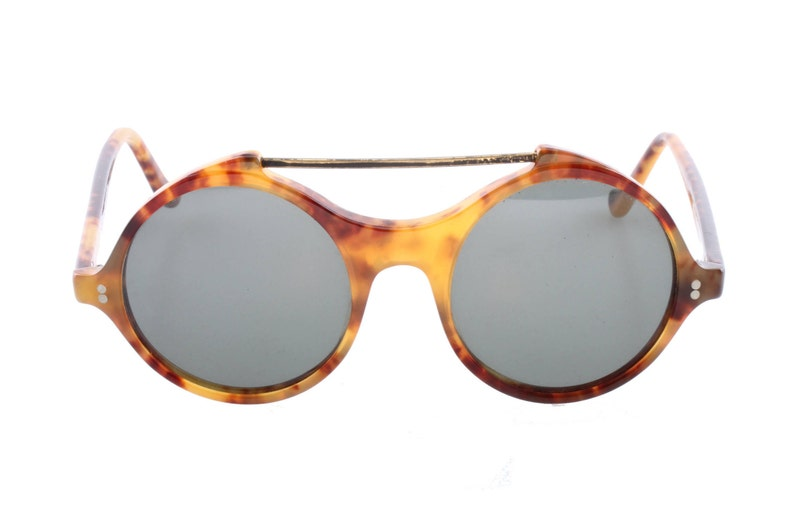 a171641d6d49 Gianni Versace vintage 80s round tortoise cool and hype