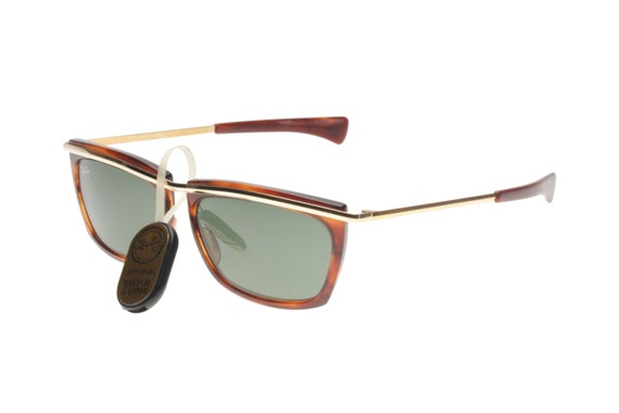 af500976024d Rayban Bausch   Lomb Olympian II L1004 1990 squared havana and