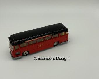 Corgi Major toys Midland Red Motor Express Coach