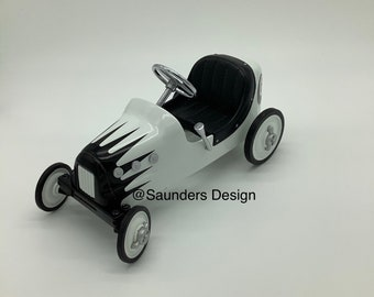 Eight Ball Race Kiddie Car