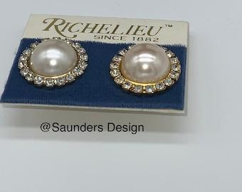 Richelieu Rhinestone Stud Earrings
