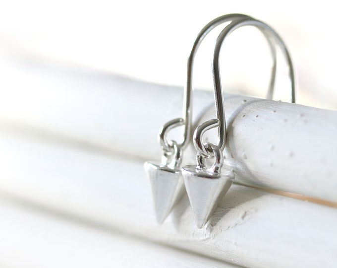 Sterling silver spike earrings, Minimalist jewelry, Silver simple geometry cone earrings, Gift for sister, best friend