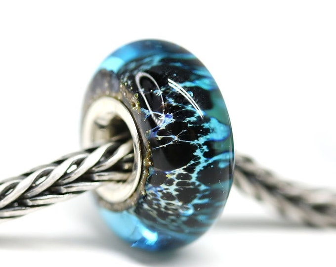 Big hole handmade lampwork glass bead for European style bracelets, Blue and Black glass Sterling silver cored charm large hole bead, SRA