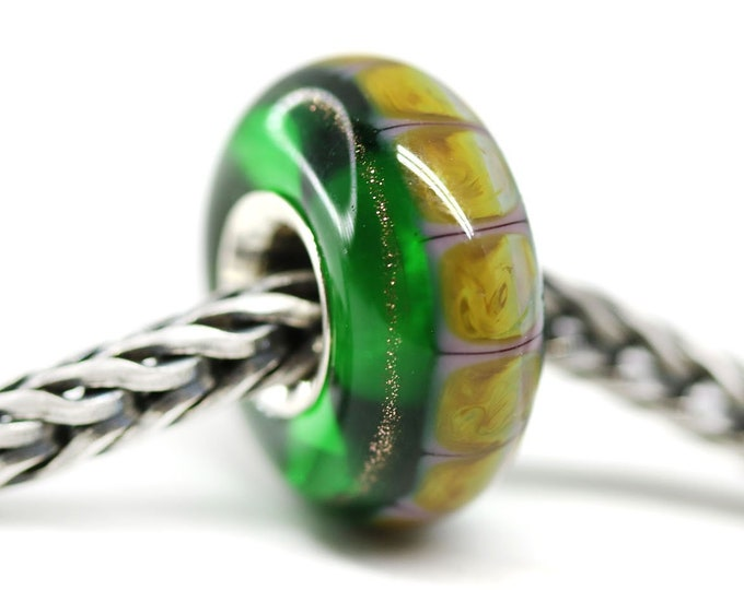 Emerald green charm beads, Big hole handmade lampwork glass bead for European bracelet, Sterling silver lined cored charm bead