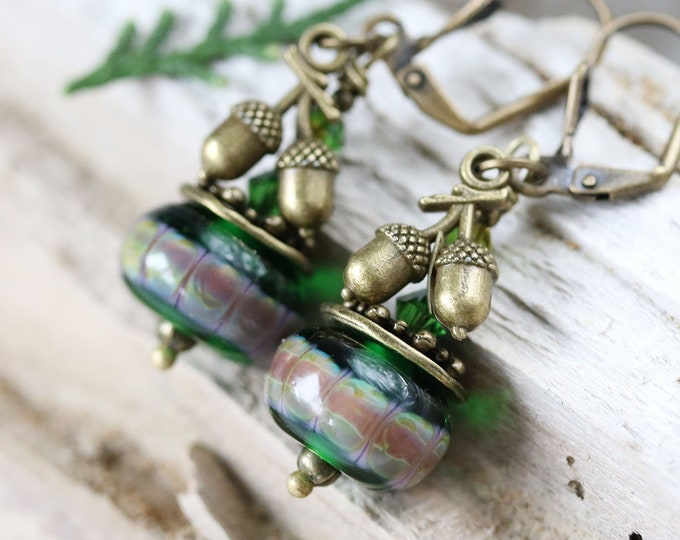 Brass acorn charm earrings, Emerald green glass beaded earrings, Acorn jewelry, Handmade Lampwork Nature jewelry