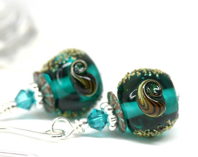 Ocean shell jewelry Lampwork glass earrings in teal green