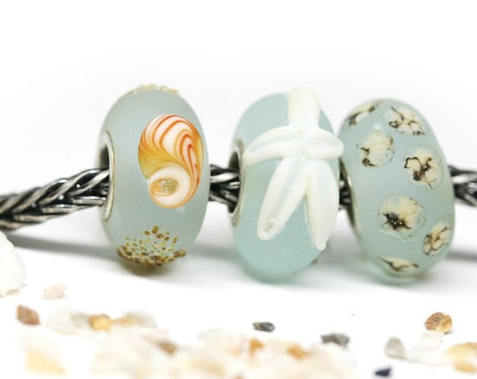Light blue lampwork large hole beads set, European bracelet charms, Beach jewelry, Seaglass Seashells Starfish