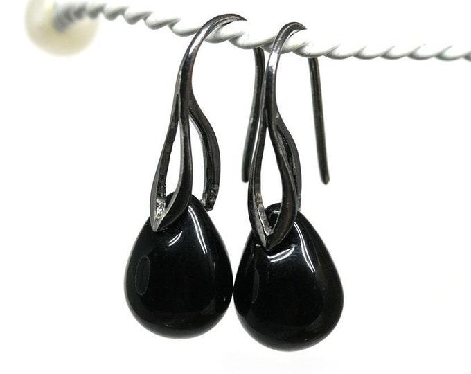Black earrings, Black modern jewelry, Glass teardrop dangle earrings, Rhodium jewelry by MayaHoney