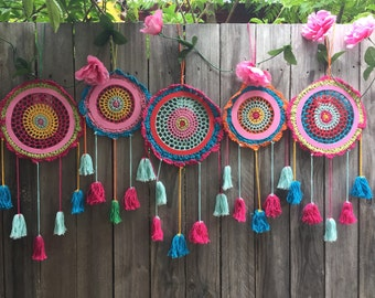 Wholesale lot  5 crochet dream catchers multi colour