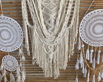 Macrame wall hanger. Bohostyle