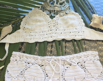 Heart breaker - hand crochet boyleg shorts