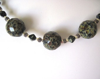 picasso glass necklace