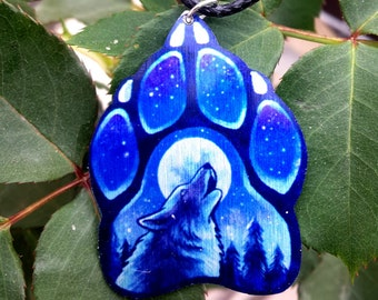 Howling Wolf Canine Paw Pawprint Blue Sky Stars Moon Totem Animal Spirit Pendant Metal Necklace