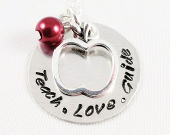 Teacher Gift / Personalized Teacher Necklace / Teacher Jewelry / Hand Stamped Teacher Necklace / Teacher Apple Charm Necklace / Hand Stamped