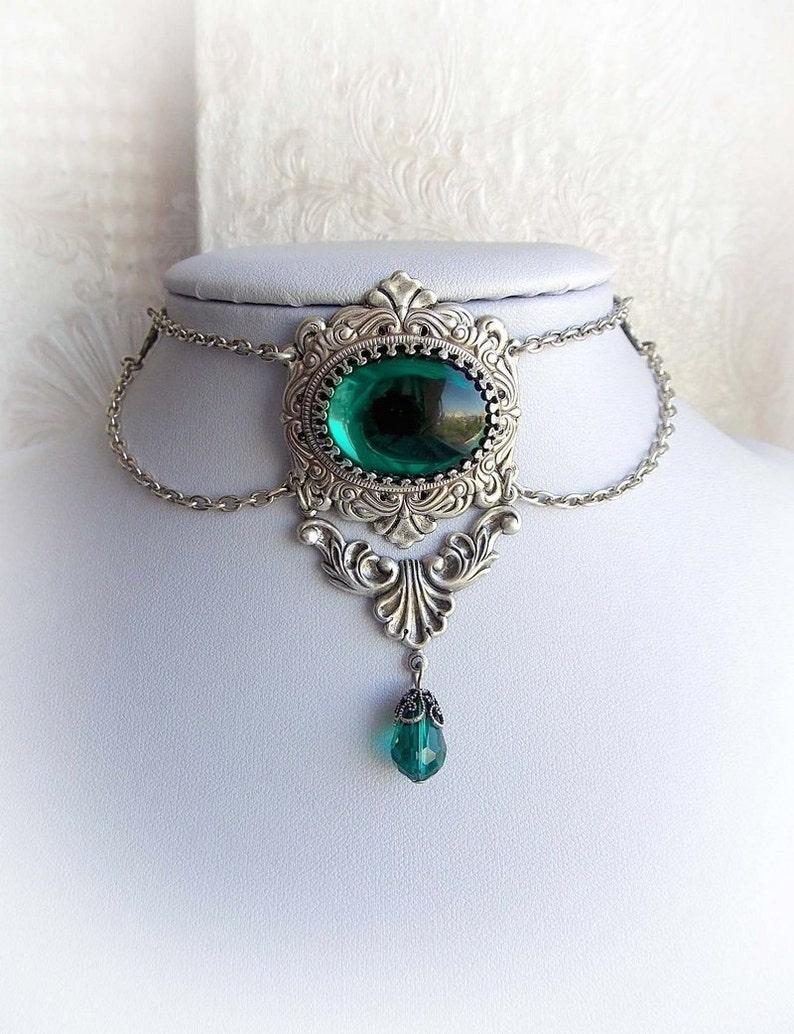 Emerald victorian gothic choker green jewel renaissance image 0
