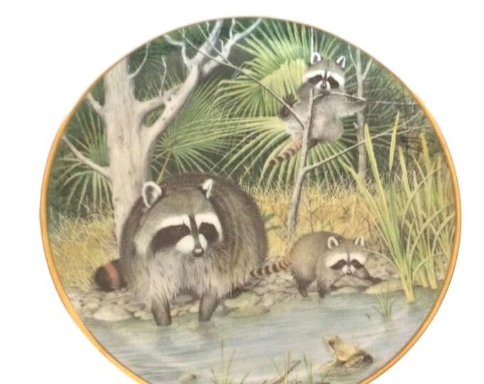 Raccoon Wall Plate | Peter Barrett | Rustic Cabin Decor