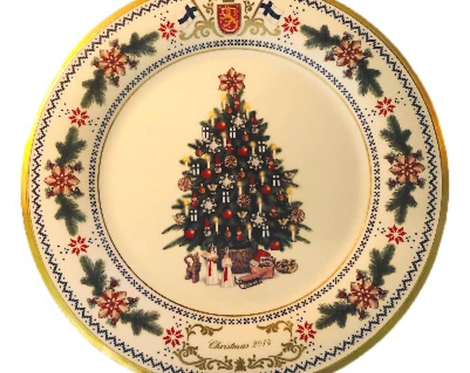 Lenox Finland Wall Plate | Christmas Tree Plate | Around the World Plate | Finland Annual Christmas Tree Plate | Collector Plate