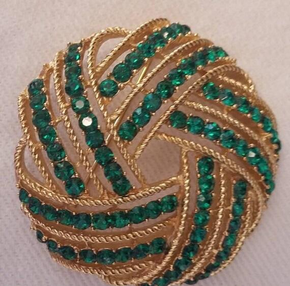 Trifari Brooch, Emerald Green Rhinestone Brooch