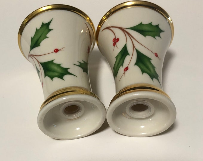 Lenox Holiday Nouveau Christmas Shaker Set | Gold Christmas Salt Pepper Set | Holly Berries Plaid Ribbon Set