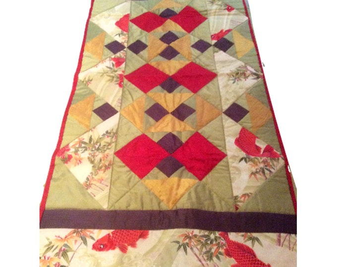 Quilted Wall Hanging Decor Vintage Oriental Style Koi Fish
