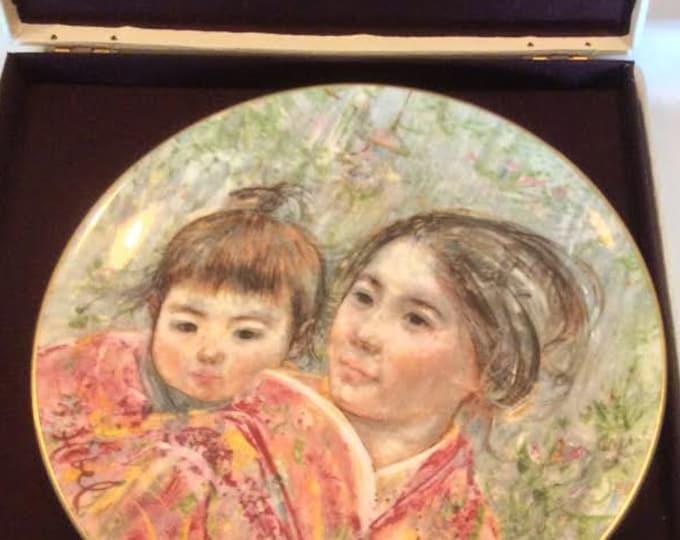 Edna Hibel Plate | Sayuri & Child | Wall Hanging Plate
