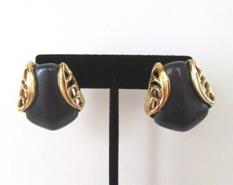 Napier blue lucite pierced earrings in gold tone filigree setting - Art Deco revival - lever back - 1980's - blue black- Free U.S. shipping!
