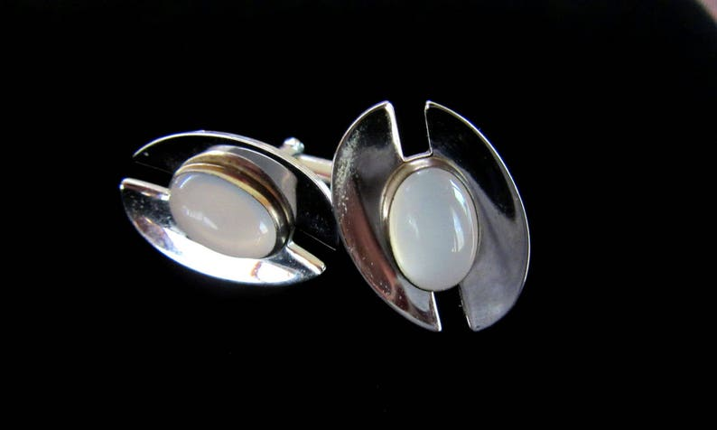 Free U.S Shipping Business faux opal Groom- Wedding ANSON polished silver tone modernist vintage cuff links with white opaque stone